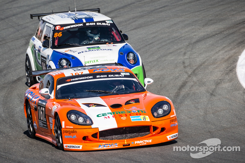 #167 Nova Race, Ginetta G50 GT4: Alberto Vescovi, Roberto Ferri, Roberto Gentili, Henry Fletcher
