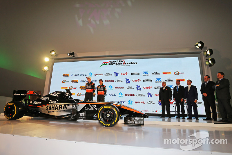 (da sinistra a destra): Nico Hulkenberg, Sahara Force India F1 e Sergio Perez, Sahara Force India F1