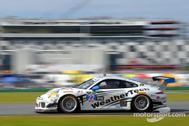 #22 Alex Job Racing, Porsche 911 GT America: Cooper MacNeil, Leh Keen, Andrew Davis, Shane van Gisbe