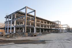 أعمال بناء مباني منصات الصيانة
