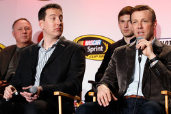 Kyle Busch, Matt Kenseth, Joe Gibbs Racing