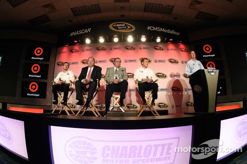 Kyle Larson, Chip Ganassi, Felix Sabates und Jamie McMurray