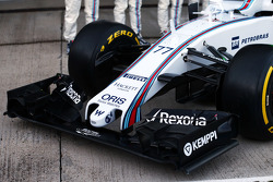 Williams FW37, Frontflügel