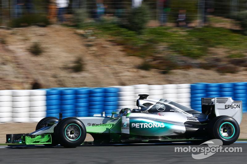 尼克·罗斯伯格, 梅赛德斯AMG车队 F1 W06赛车,使用检测涂料测试