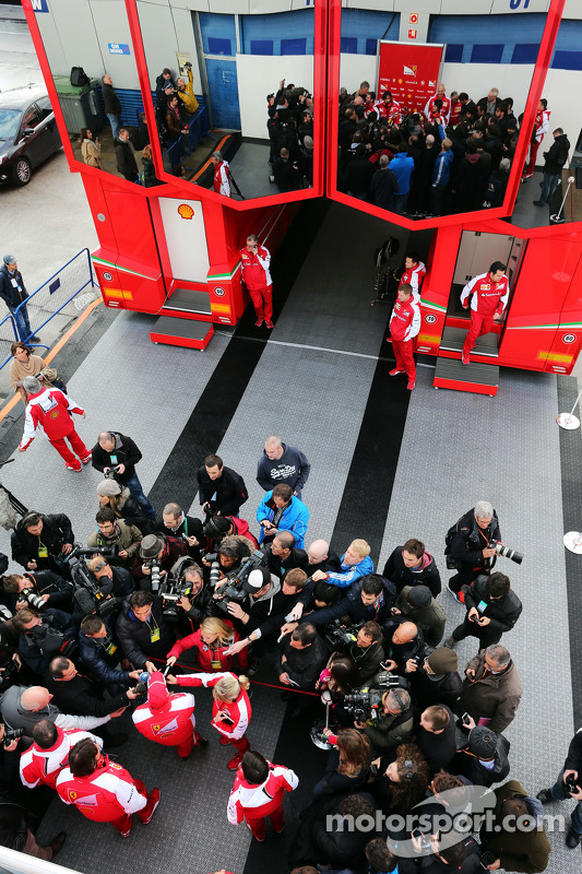 Sebastian Vettel, Ferrari com a mídia