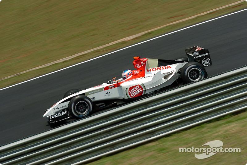 Button terminou o campeonato em terceiro em 2004