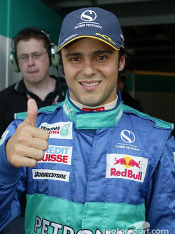 Felipe Massa celebrates 4th qualifying place