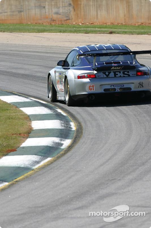 La Porsche 911 GT3 RSR n°43 BAM! : Leo Hindery, Lucas Luhr, Adam Jones