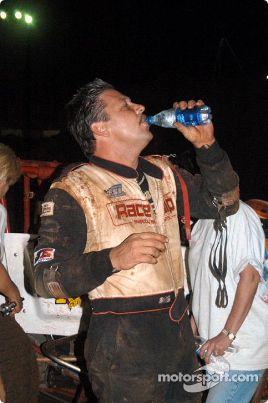 Le vainqueur de vendredi soir Charles Davis, Jr.