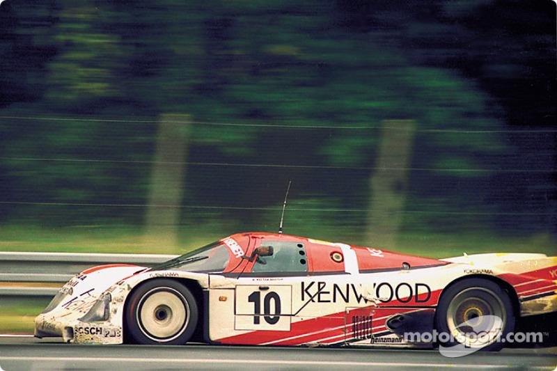 #10 Porsche Kremer Racing Porsche 962C: Kunimitsu Takahashi, Hideki Okada, Bruno Giacomelli
