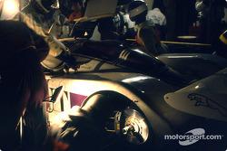 Pitstop for #53 Silk Cut Jaguar Jaguar XJR6: Gianfranco Brancatelli, Win Percy, Hurley Haywood