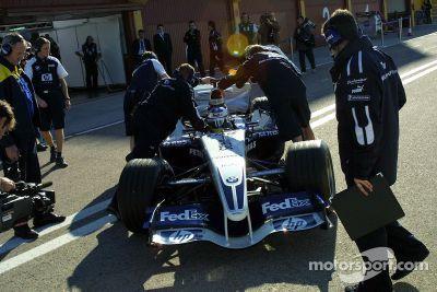 Lanzamiento del Williams BMW FW27