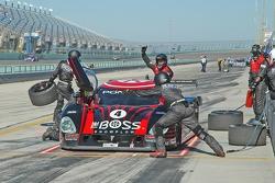 Pitstop for #4 Howard - Boss Motorsports Pontiac Crawford: Elliott Forbes-Robinson, Butch Leitzinger