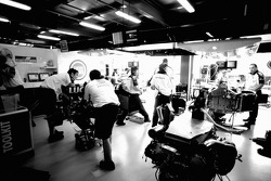 BAR-Honda team members at work