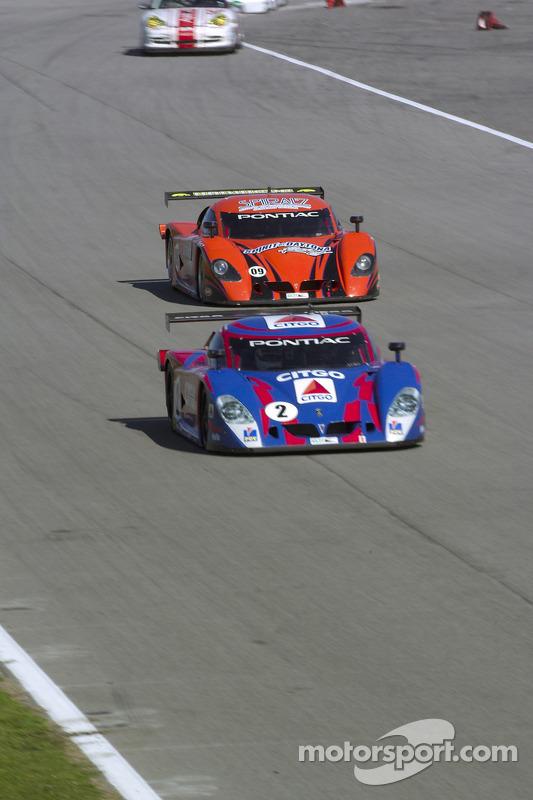 La CITGO - Howard - Boss Motorsports Pontiac Crawford N°2( Andy Wallace, Milka Duno) et la Pontiac C