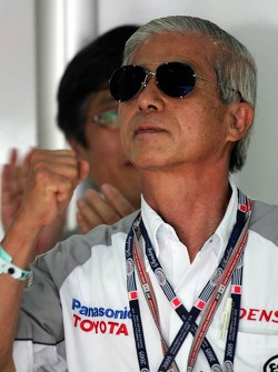 Dr Akihiko Saito