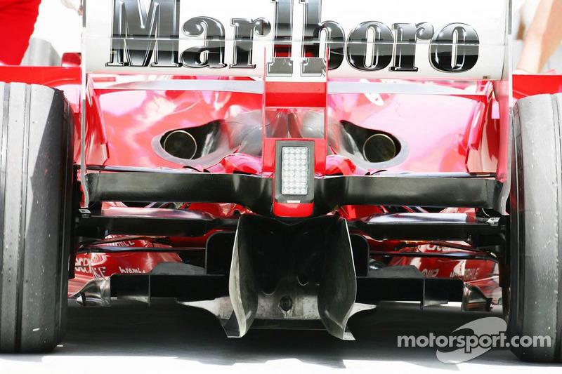 La parte trasera de la Ferrari F2005