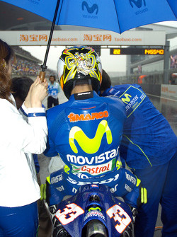 Marco Melandri on the starting grid
