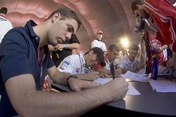 Autograph session: Ernesto Viso, Borja Garcia, Juan Cruz Alvarez and Sergio Hernandez