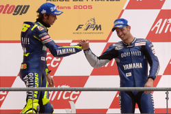 Podium: race winner Valentino Rossi with Colin Edwards