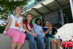 Young fans seek some shade
