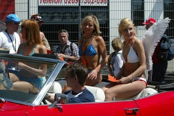 Girls at the Nürburgring