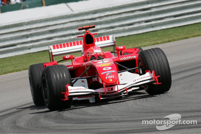 "2005 - Michael Schumacher, Ferrari (<a href=""http://fr.motorsport.com/f1/photos/main-gallery/?r=19475&y=2005"">Galerie</a>)"