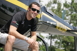 Dario Franchitti and his helicopter