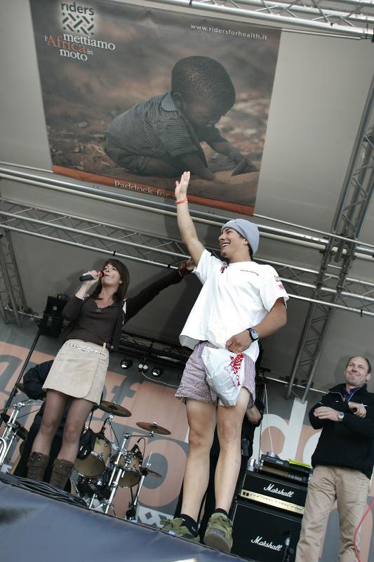 Nicky Hayden en una aparición pública