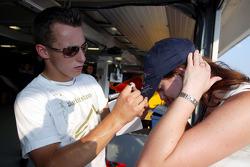 Christian Klien signs autographs