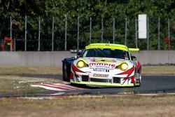 #31 Petersen Motorsports/White Lightning Racing Porsche 911 GT3 RSR: Michael Petersen, Patrick Long, Jorg Bergmeister