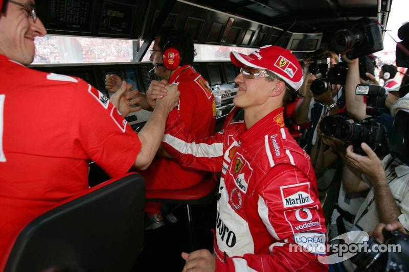 Michael Schumacher es dueño y señor de la clasificación del GP de Hungría. Sumó nada menos que siete poles.