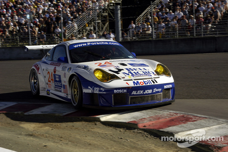 Alex Job Racing Porsche 911 GT3 RSR : Darren Law, Ian Baas