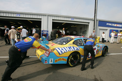 Cheerios Dodge crew members puch car to tech inspection