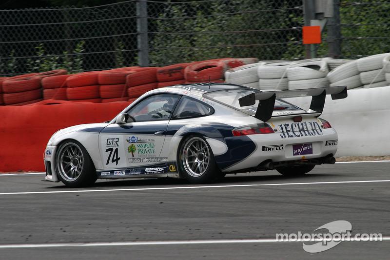 #74 Ebimotors Porsche 996 GT3-RSR: Emanuele Busnelli, Andrea Sonvico, Yvan Jacoma, Paolo Rapetti