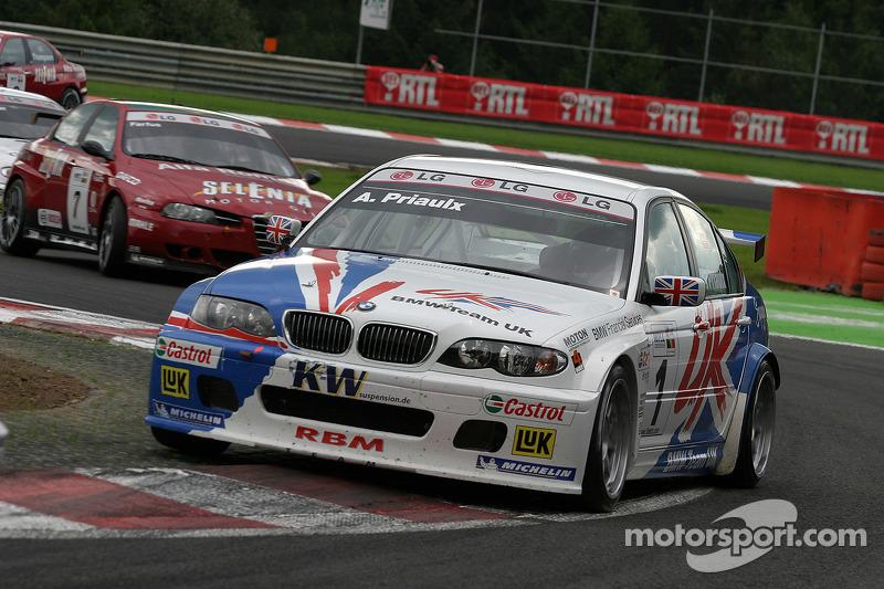 2005 - Andy Priaulx (BMW 320i)