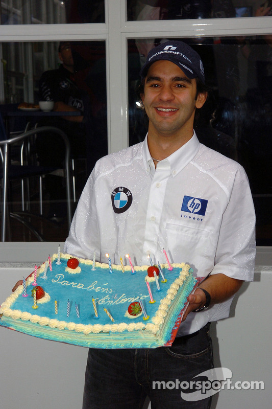 Antonio Pizzonia celebra su 25 aniversario