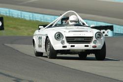 1967 Datsun 2000 rdstr