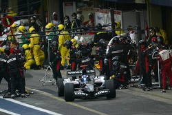 Pitstop for Robert Doornbos