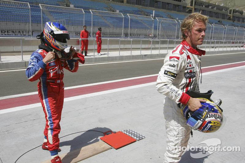 Ganador de la pole Nico Rosberg celebra