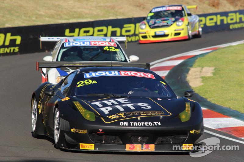 #29 Ferrari F458 GT3: Jim Manolios, Ryan Miller, Ivan Capelli