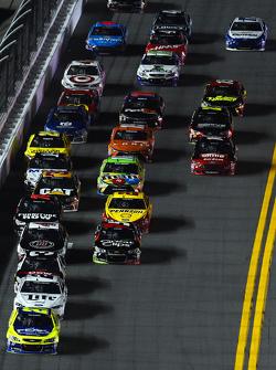 Paul Menard, Richard Childress Racing, Chevrolet, in Führung