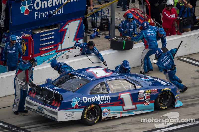 Elliott Sadler, Roush Fenway Racing, Ford
