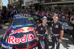 Jamie Whincup, Red Bull Holden, Craig Lowndes, Red Bull Holden