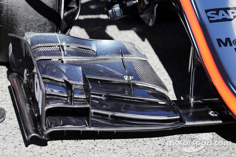 McLaren MP4-30, Frontflügel-Detail