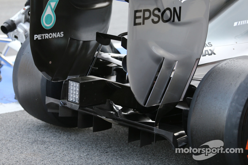 Mercedes AMG F1 W06 arka difüzör detayı