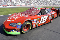 Car of Jeremy Mayfield on the starting grid