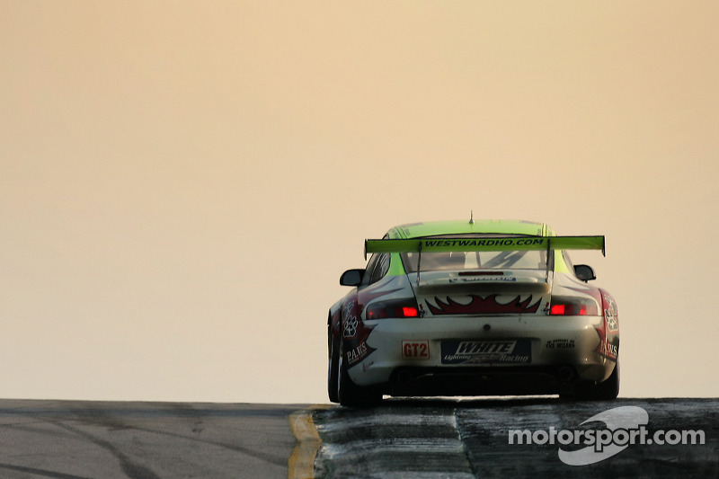 Petersen Motorsports/White Lightning Racing Porsche 911 GT3 RSR : Craig Stanton, Patrick Long, Jorg Bergmeister