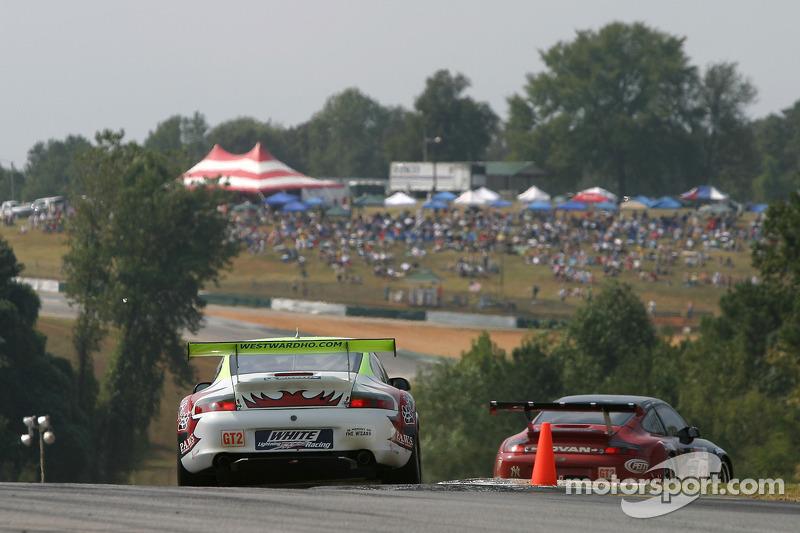Petersen Motorsports/White Lightning Racing Porsche 911 GT3 RSR : Craig Stanton, Patrick Long, Jorg