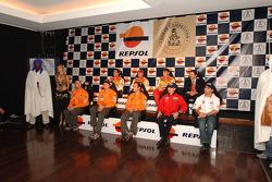 Team Repsol presentation in Lisbon: Luc Alphand, Stéphane Peterhansel, Nani Roma, Giovanni Sala, Marc Coma and Carlo de Gavardo